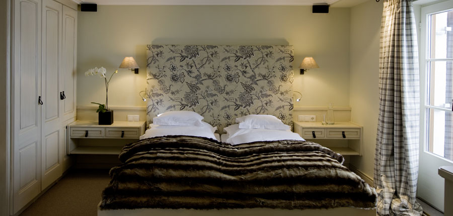 Hotel Berghof, Lech, Austria - double bedroom.jpg